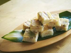 春のおもてなしに・・・空き箱でできる、鰺と生姜の押し寿司