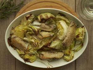 料理初心者でも大丈夫! 鶏肉と春キャベツと新玉ねぎのオーブン焼き