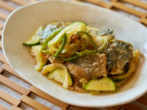 夏バテ対策レシピ さっぱり鯵の南蛮漬け