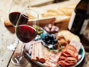 予想外な組み合わせで会話も弾む! ワインと意外な食材のマリアージュ